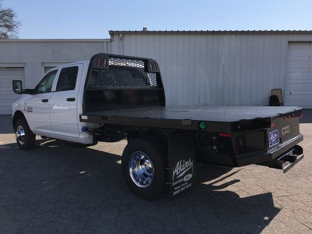 2018 Ram 3500 Crew Cab DRW 4x4,  Knapheide Platform Body #JG188553 - photo 4
