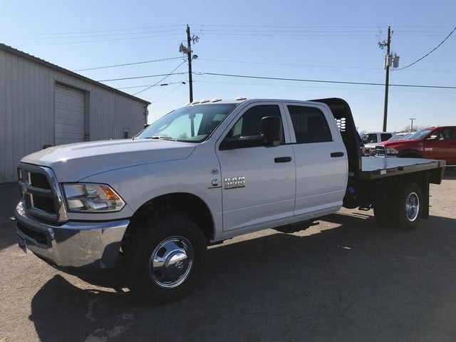 2018 Ram 3500 Crew Cab DRW 4x4,  Knapheide Platform Body #JG188553 - photo 3