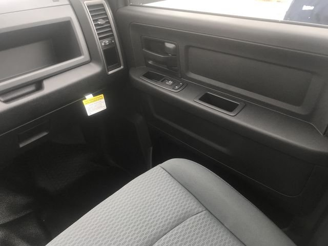 2018 Ram 3500 Crew Cab DRW 4x4,  Knapheide Platform Body #JG213125 - photo 14
