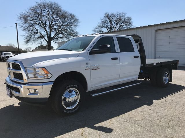 2018 Ram 3500 Crew Cab DRW 4x4,  Knapheide Platform Body #JG213126 - photo 5
