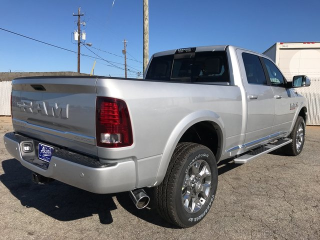 2018 Ram 3500 Crew Cab 4x4, Pickup #JG214869 - photo 2