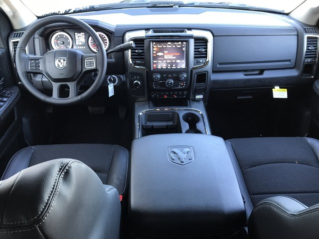 2018 Ram 2500 Crew Cab 4x4, Pickup #JG216329 - photo 11