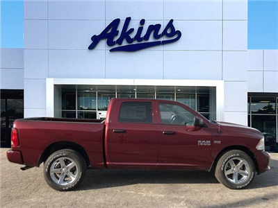 2018 Ram 1500 Crew Cab, Pickup #JG225480 - photo 1