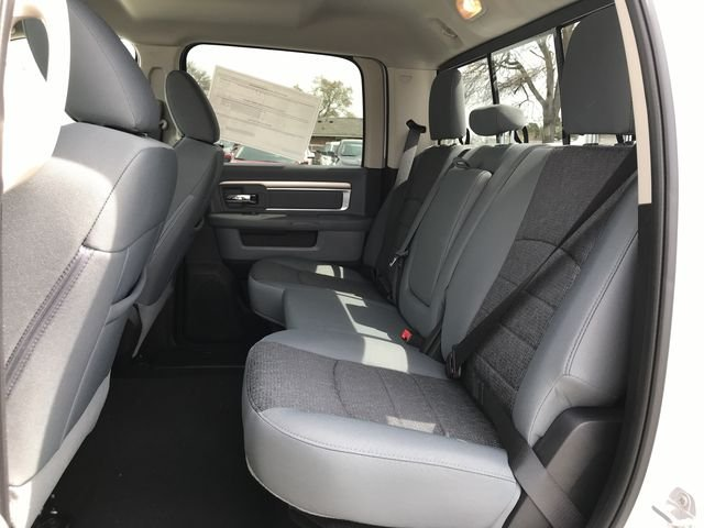 2018 Ram 1500 Crew Cab 4x4, Pickup #JG254727 - photo 11