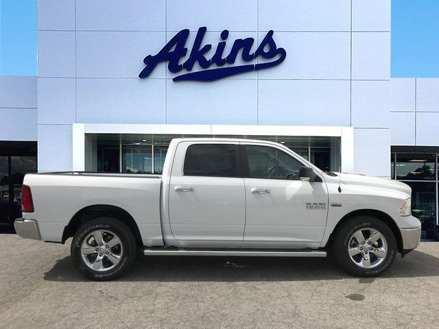 2018 Ram 1500 Crew Cab 4x4, Pickup #JG254727 - photo 1