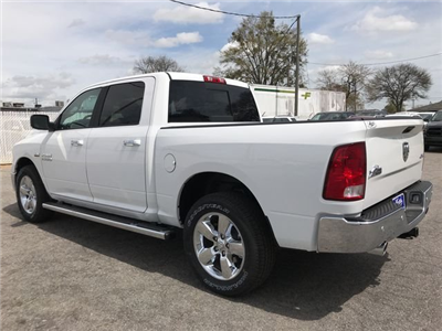 2018 Ram 1500 Crew Cab 4x4, Pickup #JG254727 - photo 4
