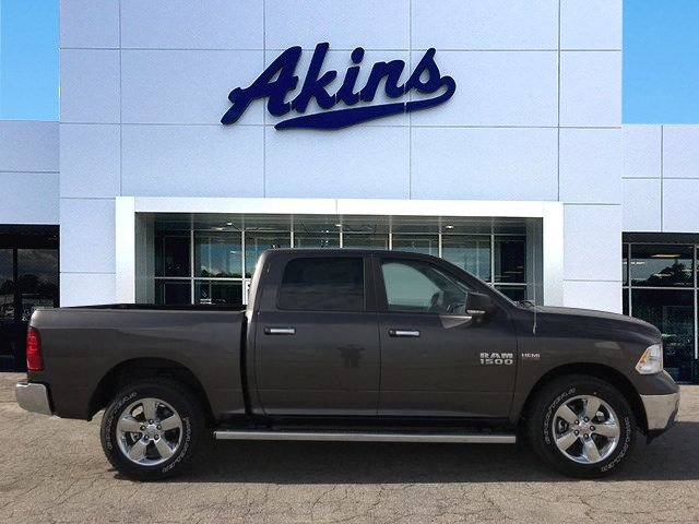 2018 Ram 1500 Crew Cab 4x4,  Pickup #JG265111 - photo 1
