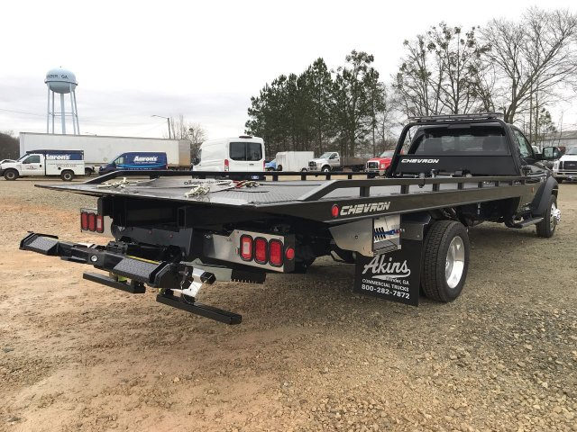 2018 Ram 5500 Regular Cab DRW 4x2,  Rollback Body #JG270515 - photo 2