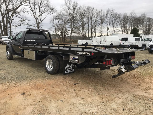 2018 Ram 5500 Regular Cab DRW 4x2,  Rollback Body #JG270515 - photo 4