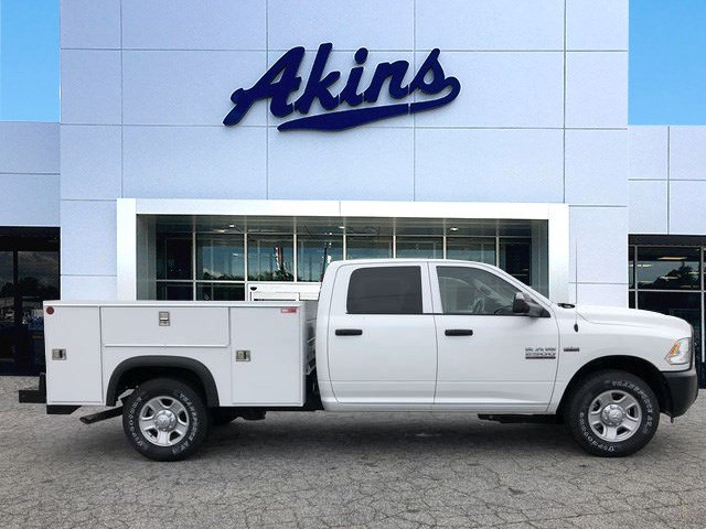 2018 Ram 2500 Crew Cab 4x2,  Monroe Service Body #JG287244 - photo 1
