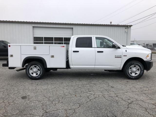 2018 Ram 2500 Crew Cab 4x2,  Monroe Service Body #JG287244 - photo 3
