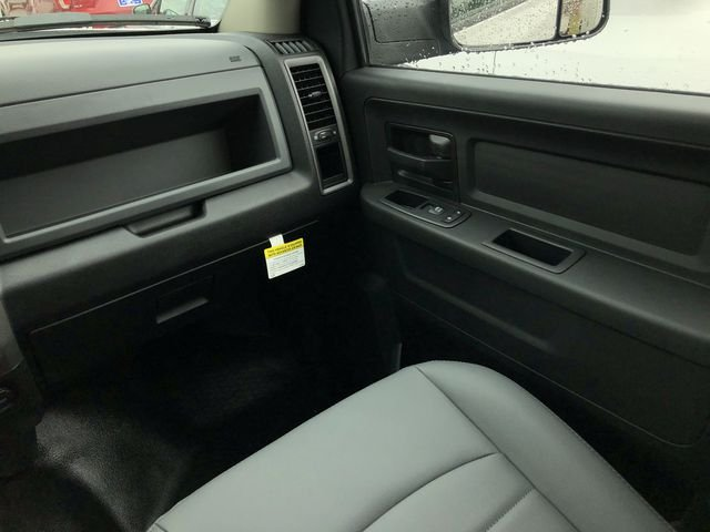 2018 Ram 3500 Crew Cab DRW 4x4,  Commercial Truck & Van Equipment Platform Body #JG312571 - photo 14