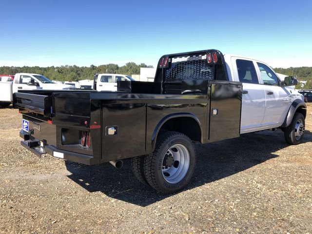 2018 Ram 5500 Crew Cab DRW 4x4,  Knapheide Platform Body #JG329960 - photo 2