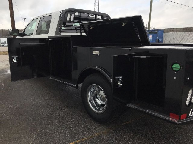 2018 Ram 3500 Crew Cab DRW 4x4,  CM Truck Beds Hauler Body #JG362610 - photo 10