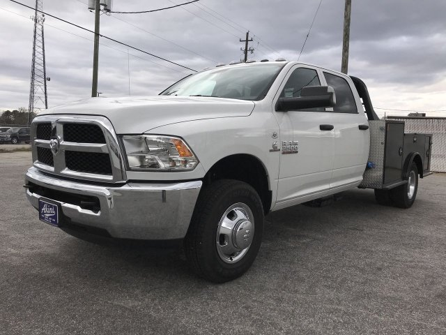 2018 Ram 3500 Crew Cab DRW 4x4,  CM Truck Beds Hauler Body #JG362614 - photo 5