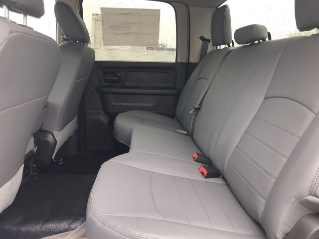 2018 Ram 3500 Crew Cab DRW 4x4,  Platform Body #JG376761 - photo 13
