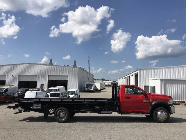 2018 Ram 5500 Regular Cab DRW 4x2,  Cab Chassis #JG383383 - photo 3