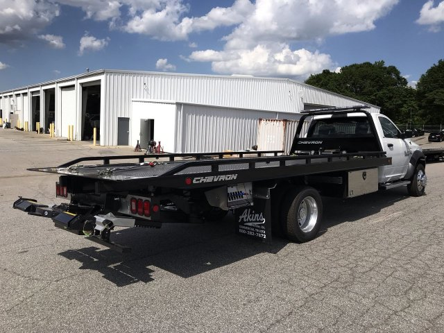 2018 Ram 5500 Regular Cab DRW 4x2,  Chevron Rollback Body #JG392032 - photo 2