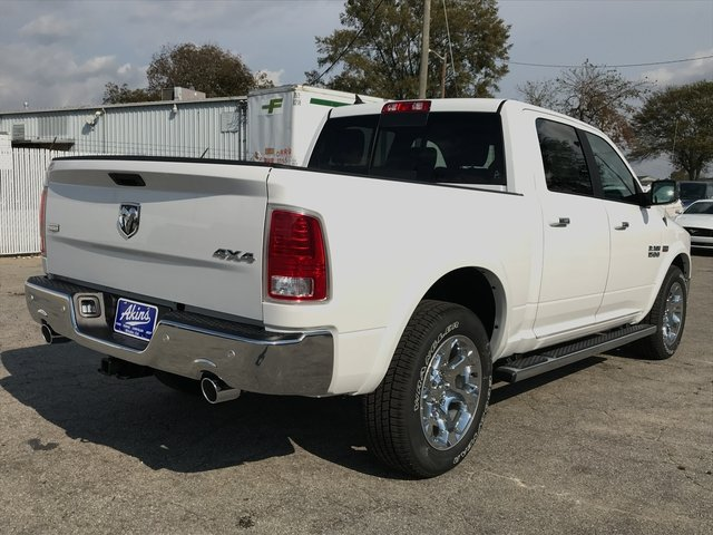 2018 Ram 1500 Crew Cab 4x4 Pickup #JS173322 - photo 2