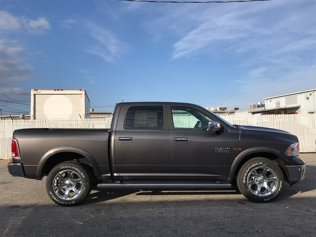 2018 Ram 1500 Crew Cab 4x4 Pickup #JS173325 - photo 28