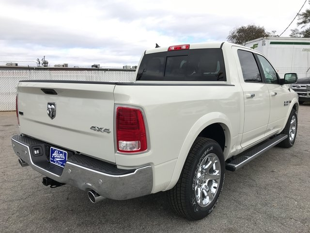 2018 Ram 1500 Crew Cab 4x4 Pickup #JS173327 - photo 2