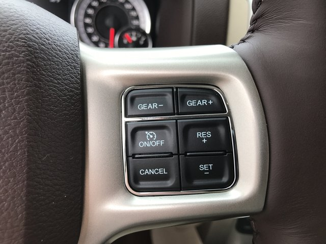 2018 Ram 1500 Crew Cab 4x4 Pickup #JS173327 - photo 22