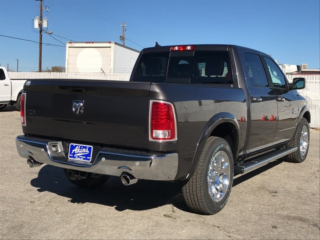 2018 Ram 1500 Crew Cab, Pickup #JS183606 - photo 2