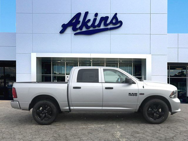2018 Ram 1500 Crew Cab, Pickup #JS218977 - photo 1