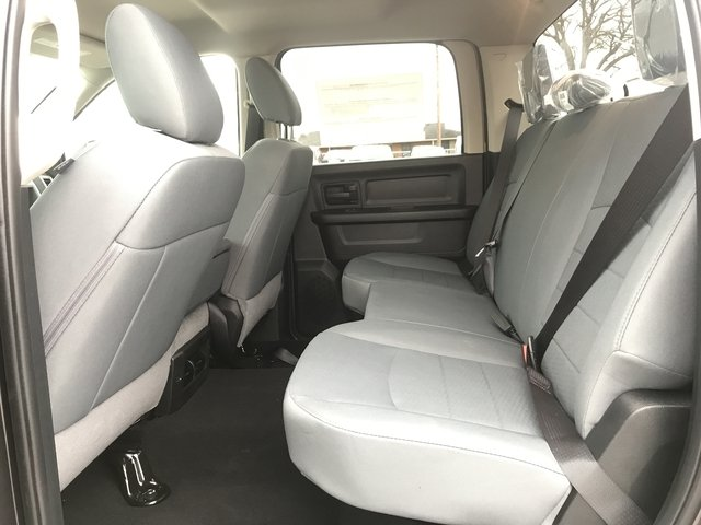2018 Ram 1500 Crew Cab 4x4,  Pickup #JS250268 - photo 11