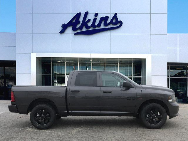 2018 Ram 1500 Crew Cab 4x4,  Pickup #JS250268 - photo 1