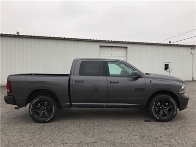 2018 Ram 1500 Crew Cab 4x4,  Pickup #JS256738 - photo 4