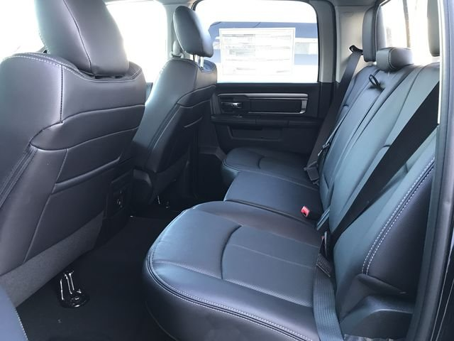 2018 Ram 1500 Crew Cab 4x4, Pickup #JS256739 - photo 11