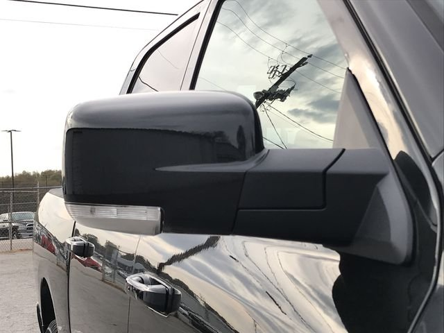 2018 Ram 1500 Crew Cab 4x4, Pickup #JS267782 - photo 9