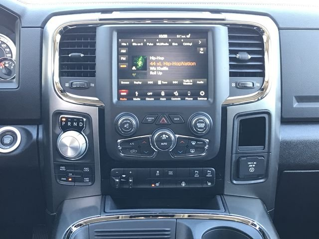2018 Ram 1500 Crew Cab 4x4, Pickup #JS272043 - photo 15