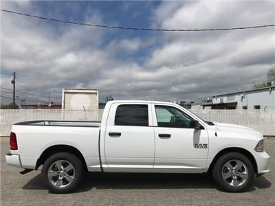 2018 Ram 1500 Crew Cab,  Pickup #JS284053 - photo 24