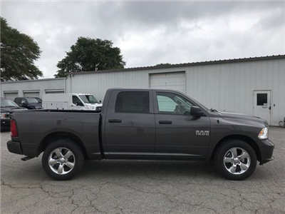 2018 Ram 1500 Crew Cab 4x2,  Pickup #JS284063 - photo 24