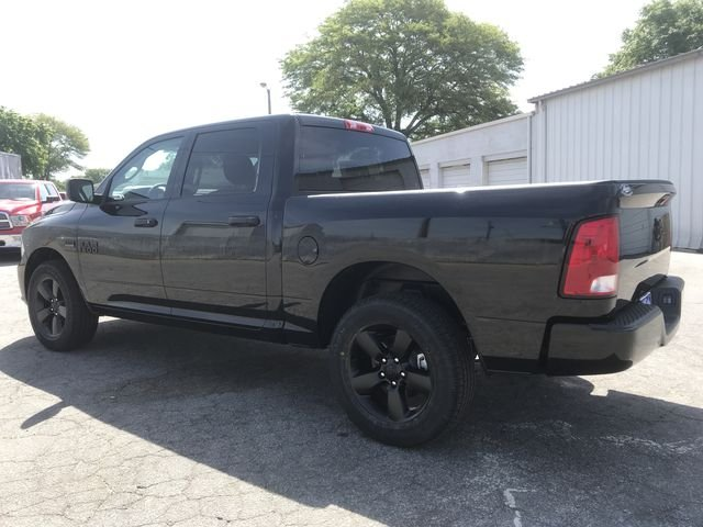 2018 Ram 1500 Crew Cab,  Pickup #JS285401 - photo 4