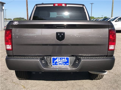 2018 Ram 1500 Crew Cab 4x2,  Pickup #JS285440 - photo 3