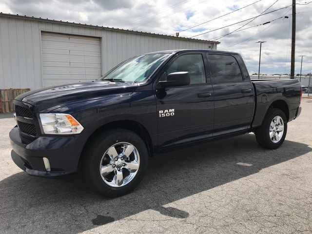 2018 Ram 1500 Crew Cab 4x2,  Pickup #JS292854 - photo 5