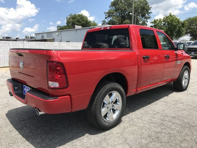 2018 Ram 1500 Crew Cab 4x2,  Pickup #JS347543 - photo 2