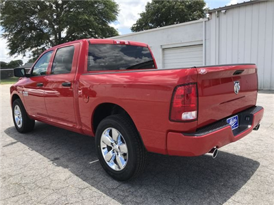 2018 Ram 1500 Crew Cab 4x2,  Pickup #JS347543 - photo 4