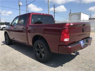 2018 Ram 1500 Crew Cab 4x2,  Pickup #JS350065 - photo 4
