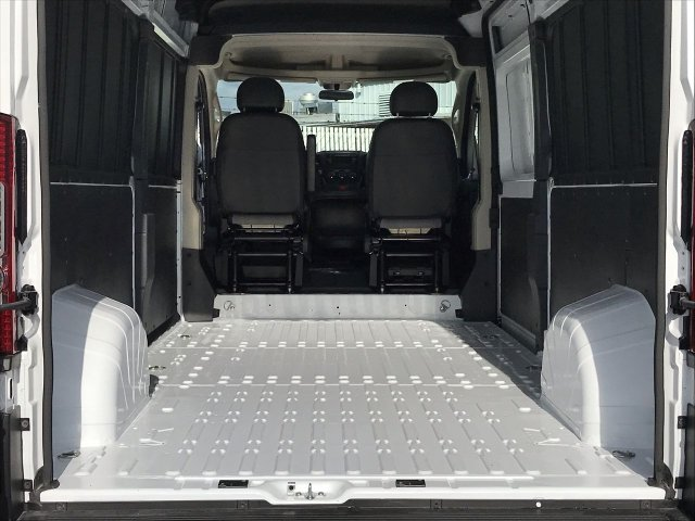 2019 ProMaster 2500 High Roof FWD,  Empty Cargo Van #KE503384 - photo 2
