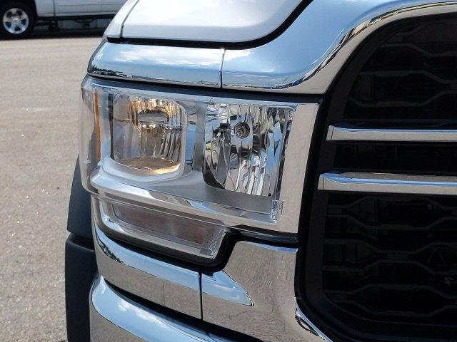 2019 Ram 5500 Regular Cab DRW 4x4, Warner Select Pro Service Body #KG583110 - photo 7