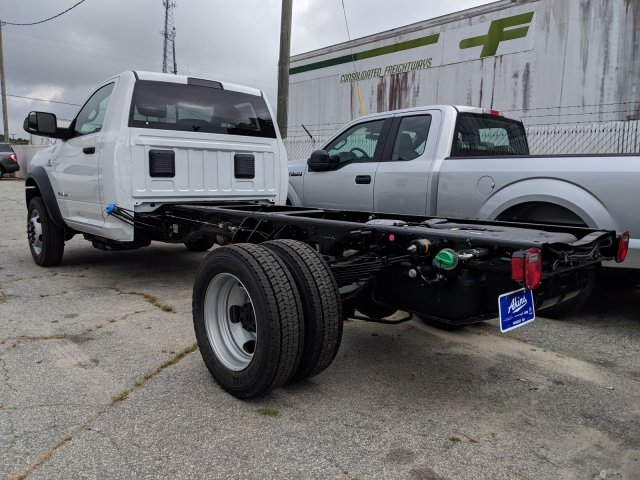 2019 Ram 5500 Regular Cab DRW 4x2, Cab Chassis #KG593977 - photo 1