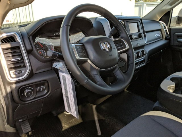 2019 Ram 5500 Regular Cab DRW 4x4, Miller Industries Chevron Wrecker Body #KG646580 - photo 12