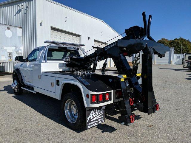 2019 Ram 5500 Regular Cab DRW 4x4, Miller Industries Chevron Wrecker Body #KG646580 - photo 4