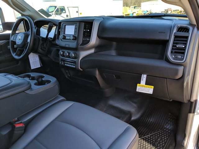 2019 Ram 5500 Regular Cab DRW 4x2, Complete Freight Max Dry Freight #KG669703 - photo 13