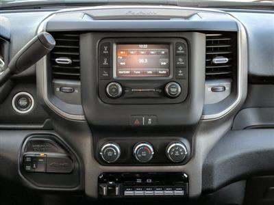 2019 Ram 5500 Crew Cab DRW 4x4, Commercial Truck & Van Equipment Gooseneck Platform Body #KG710589 - photo 14