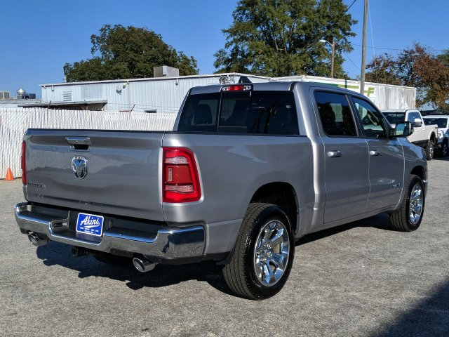 2019 Ram 1500 Crew Cab 4x2,  Pickup #KN527225 - photo 2